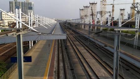 G95(西安北—广州南)本务西安局西安段,搭载CRH380AL型车底,高速通过广州北站