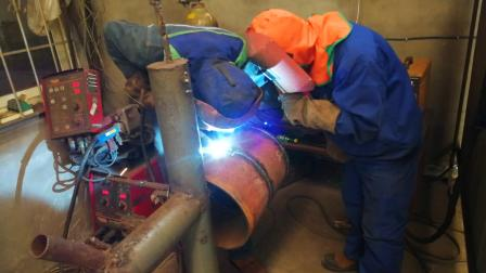 电焊工培训 电焊工技术培训 吉力电气焊培训