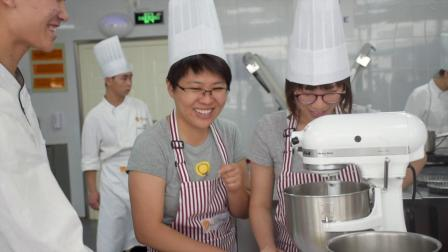 Henkel Teambuilding with Our Young Bakers | 汉高与我们年轻烘焙师一起进行团结活动