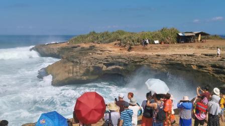 """印尼巴厘岛蓝梦岛""""恶魔的眼泪""""景区(2)"""