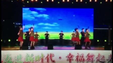 水兵舞《吉祥欢歌》神采飞扬舞蹈队表演