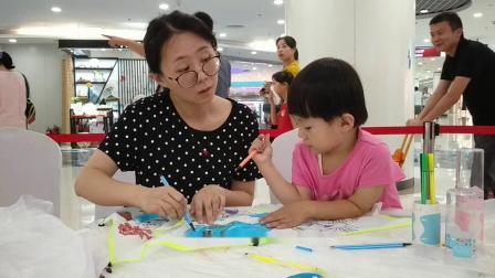 """北京新奥购物中心""""中秋节""""儿童涂鸦赠风筝"""