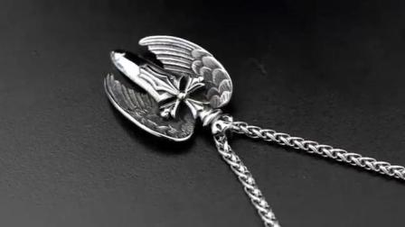 君晓天云法国IDee天使之剑十字架项链男 个性时尚欧美吊坠嘻哈健身饰品