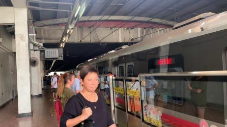 上海地铁1号线(钢铁侠二世171)莘庄站前折返进站