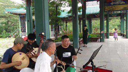 仙姑顶出游唱戏 西皮乐队 《龙江颂》一轮红日 张女士