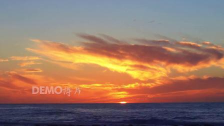 f377 4k画质大气壮观海面海洋日落天空金色云彩彩霞海水大自然景色视频素材