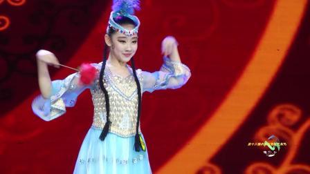 600号、田静、独舞《阿依古丽》、选送单位:呼和浩特市蔷薇舞蹈培训中心、指导老师:边亚峰
