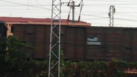 HXD1C0269-货列接近新余市新欣南大道