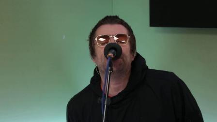 【猴姆独家】Liam Gallagher唱Champagne Supernova