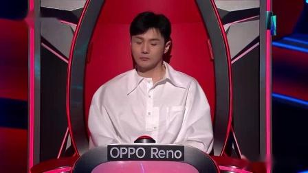 """我在李荣浩""""吓到""""选手掐人中,王力宏欲做网红主播截了一段小视频"""