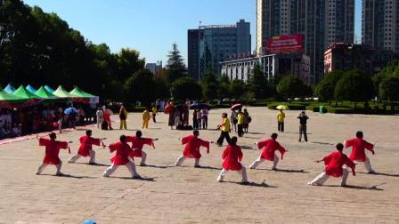 高安市太极拳协会《42式太极剑》上高县庆祝建国70周年十县市太极拳(械)联谊赛 2019年9月22日