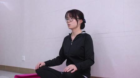 简易孕妇瑜伽