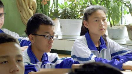 《一颗胡杨》我在南疆,这是我的支教生活!1分钟