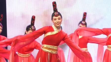 2019年城市舞集派澜汇报演出节目中国舞《霓裳羽衣》