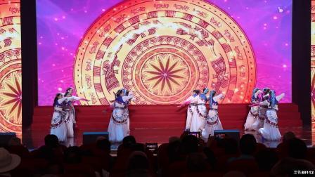 重庆丰都县老年大学   舞蹈再唱山歌给党听