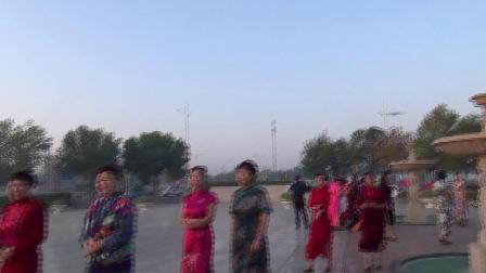 黄骅市旗袍协会迎国庆旗袍秀排练