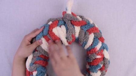 【DIY抱枕】太简单了,不用钩针和棒针,旁边小孩10分钟做好了一个.编织小屋最简单编织方法