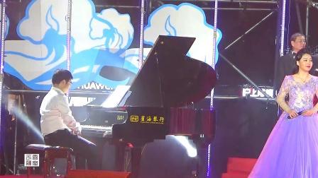 海宁市文艺界庆祝新中国成立70周年音乐会.大合唱《在太行山上》《我和我的祖国》
