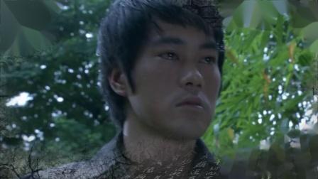 李小龙扮演者陈国坤曾经在李小龙坟前哭过_