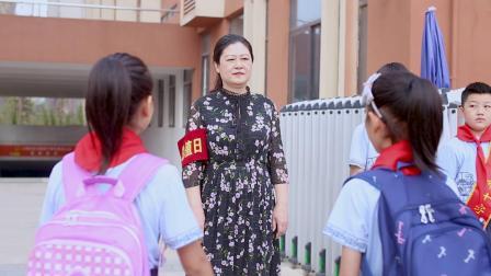 恰噶!南昌市十字街学校师生共同唱响《我和我的祖国》