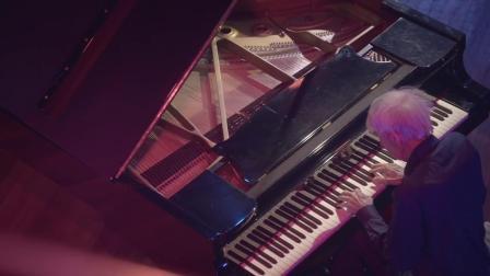 艾瑞克•阿爾弗雷德•萊斯利•薩提 : 為鋼琴所作的六首 《葛諾辛奴》