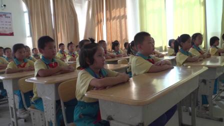 轮台县第三小学国庆献礼《我和我的祖国》