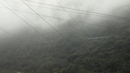 20191004_100327 客车K246次通过神沙河大桥,观音山车站接近