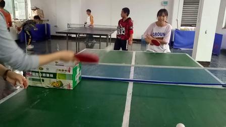 刘飞扬练习反手2019.10.4