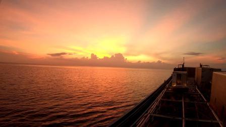 #苏米龙岛# 蓝蓝的天,蓝蓝的海,蓝蓝的我