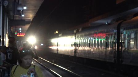 【2019.09.30】[南京广线][株洲站] Z245次 HXD1D0481 株洲站6道停车