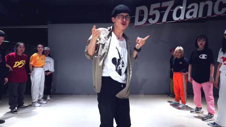 【D57舞蹈工作室】潘玮柏《不得不爱》大聪编舞