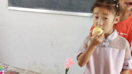 豫西农村桑元小学的小学生们
