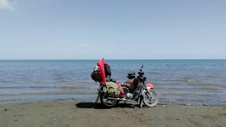 辽阔的青海湖