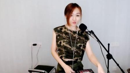 靓妹全新热爱音乐DJ2019现场美女打碟串烧Dj-喵喵(85)