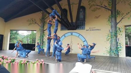 大峡谷表演舞《红军》