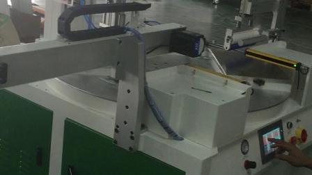 全自动丝网印刷机自动除尘防尘罩滚筒除静电机械手机器人上下料自动化丝印机平面转盘玻璃印花机圆盘双色两色旋转亚克力镜片手机玻璃盖板丝印机手机壳塑料壳移印机丝印设备