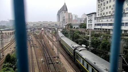 Z86杭州站发车