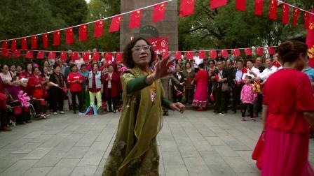 太原文瀛公园和谐合唱团庆祖国70华诞联欢-《南泥湾》