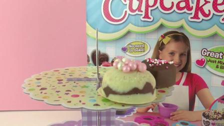 超级 可爱 Mini 迷你 Makes Cupcakes Set 手工 自制 DIY 纸杯 蛋糕 小蛋糕 奶油蛋糕