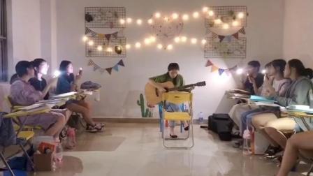 广西翼视传媒传媒艺考机构播音主持2020届艺考学子课堂生日个人演唱会