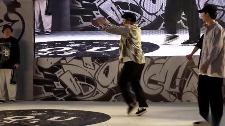 小黑(w) vs 王凯-16-8-popping1on1-南通BU潮流文化艺术节暨第三届SOU街舞大赛