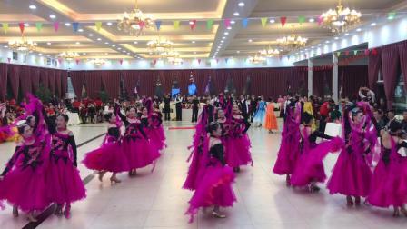 舞蹈巜我和我的祖国
