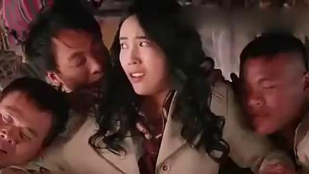 当日本女间谍遇上一帮男的,画面太美不敢看