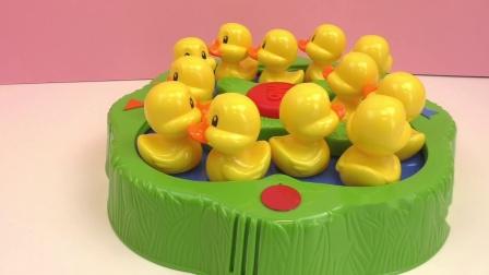 孩之宝Hasbro 幸运小鸭子lucky ducks 家庭桌游 游戏 小黄鸭 早教 套装 展示