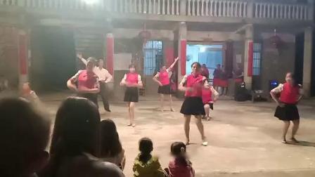 大圩浮石1组广场舞  排舞