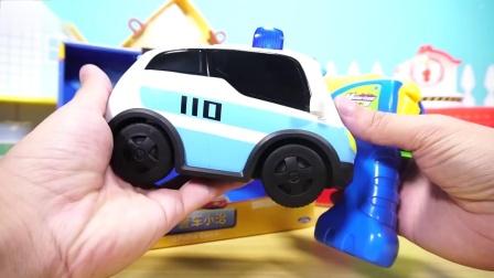 警车联盟的三款小汽车玩具