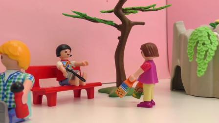 摩比游戏 小电影  蕾娜 和 克里斯 一起去 动物园  展示