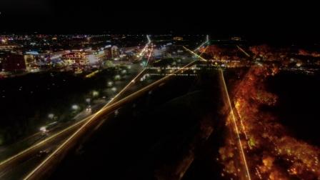 航拍内蒙古胡杨林一道桥夜景