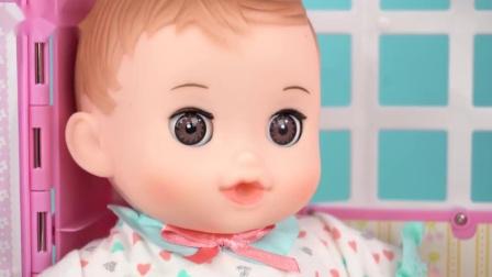 咪露妹妹照顾小宝宝的过家家玩具