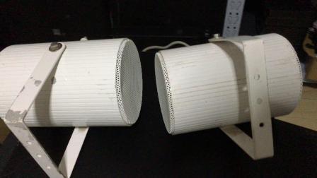 白色小音箱测试